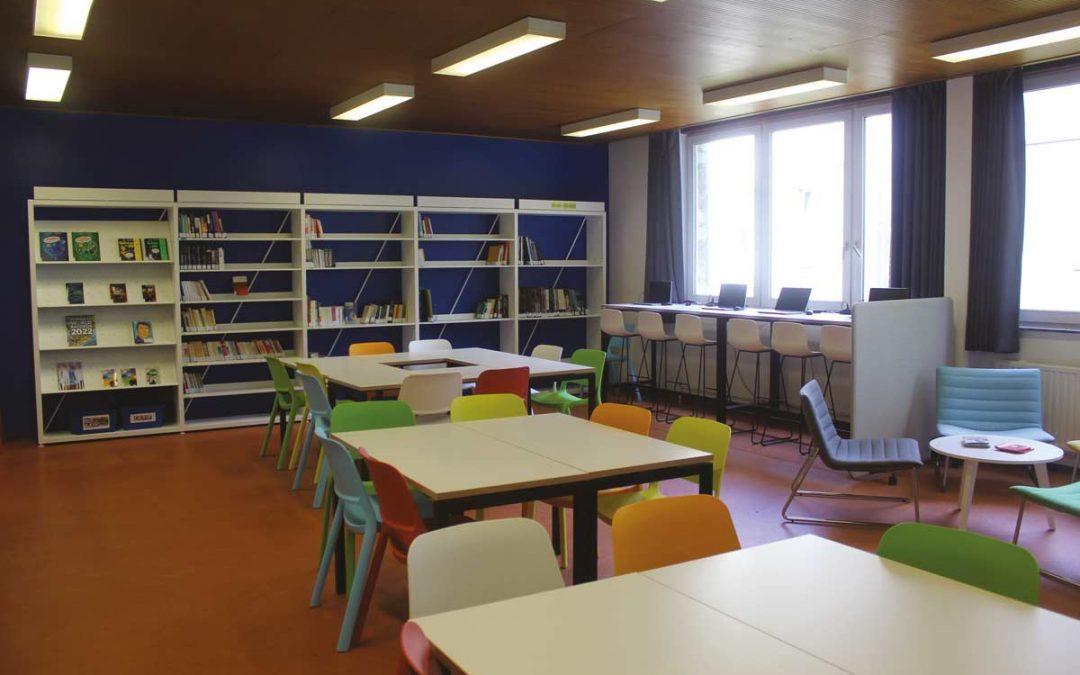 Une nouvelle bibliothèque à l'Athénée